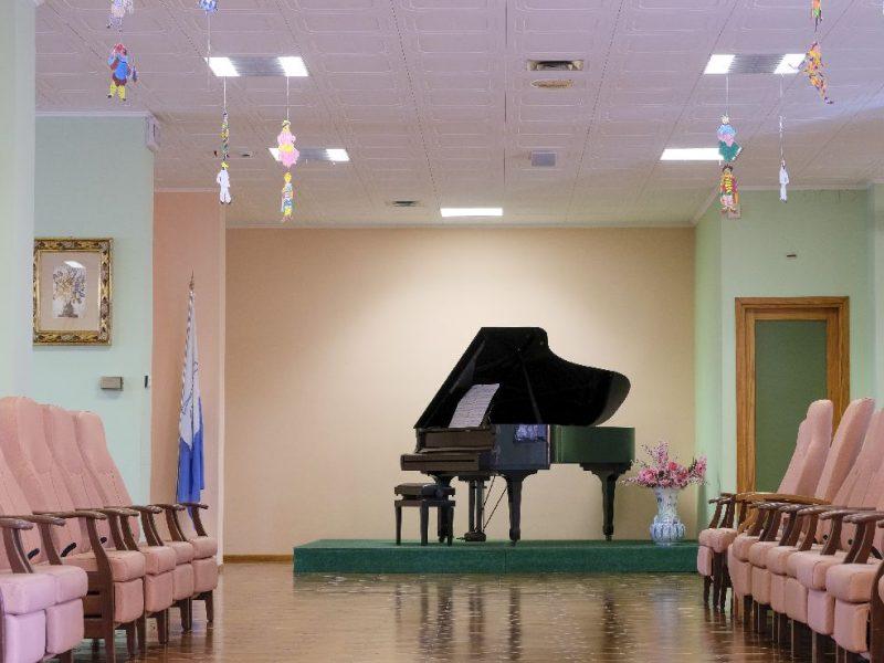 pianoforte a mezzacoda nel salone principale